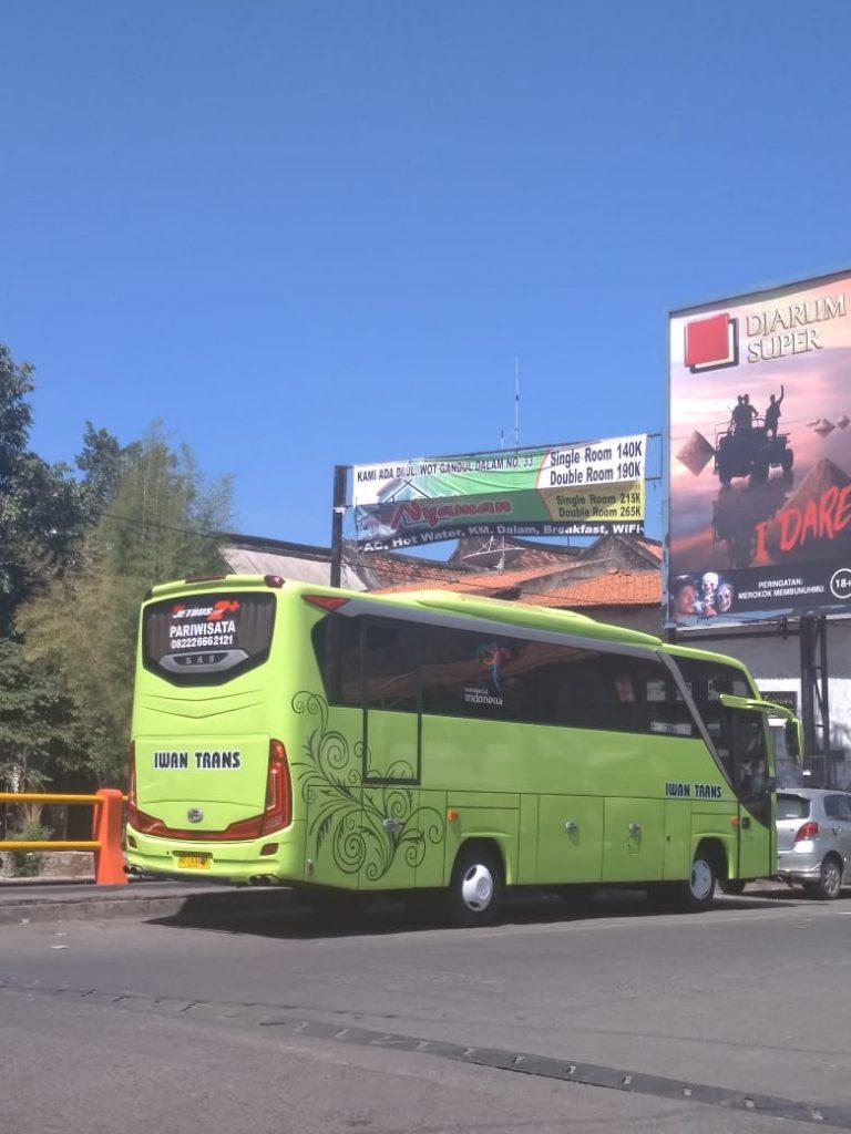 Sewa-Bus-Medium-Jogja-Sewa-BUs-Wisata-Murah-7