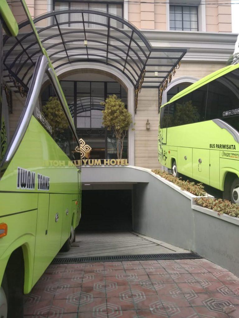 Sewa-Bus-Medium-Jogja-Sewa-BUs-Wisata-Murah-9